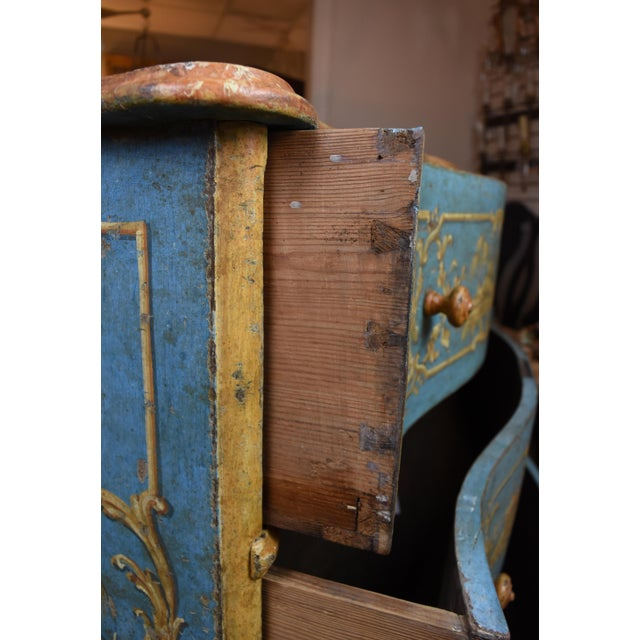 Late 18th Century 18th Century Italian Painted Chinoiserie Commode For Sale - Image 5 of 12