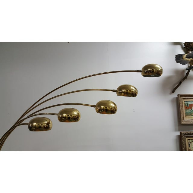 Mid Century Brass Standing 5 Arm Arc Lamp With Marble Base - Image 4 of 7