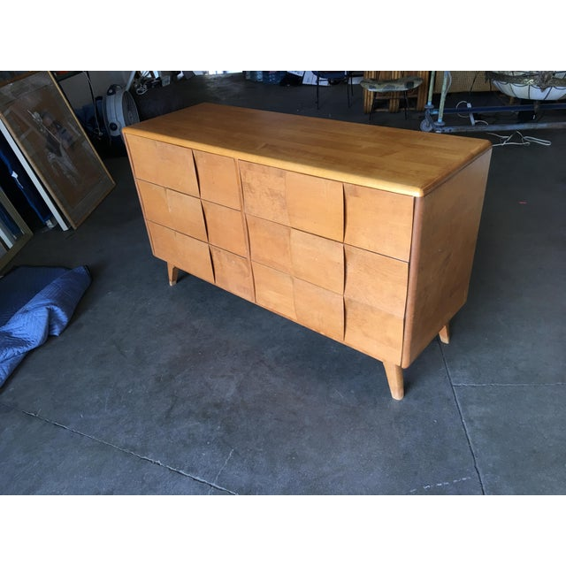 """Mid-Century Modern Heywood-Wakefield """"Sculptura"""" Extra-Wide 6-Drawer Dresser For Sale - Image 3 of 10"""