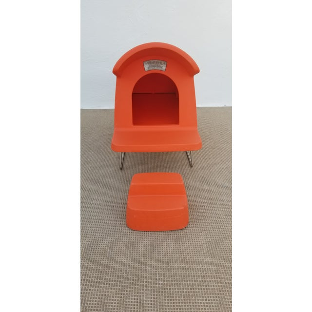 1980s 1980s Vintage Michael Young Italy Magis Dog House For Sale - Image 5 of 13