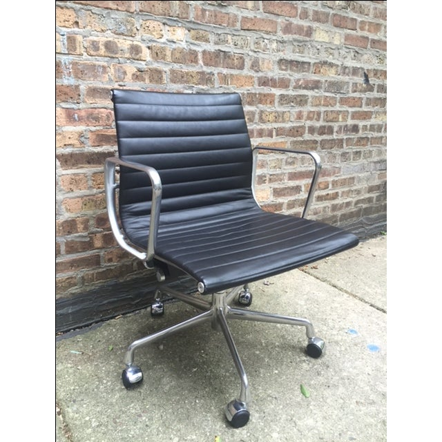 Eames Leather Aluminum Group Management Chair - Image 2 of 7