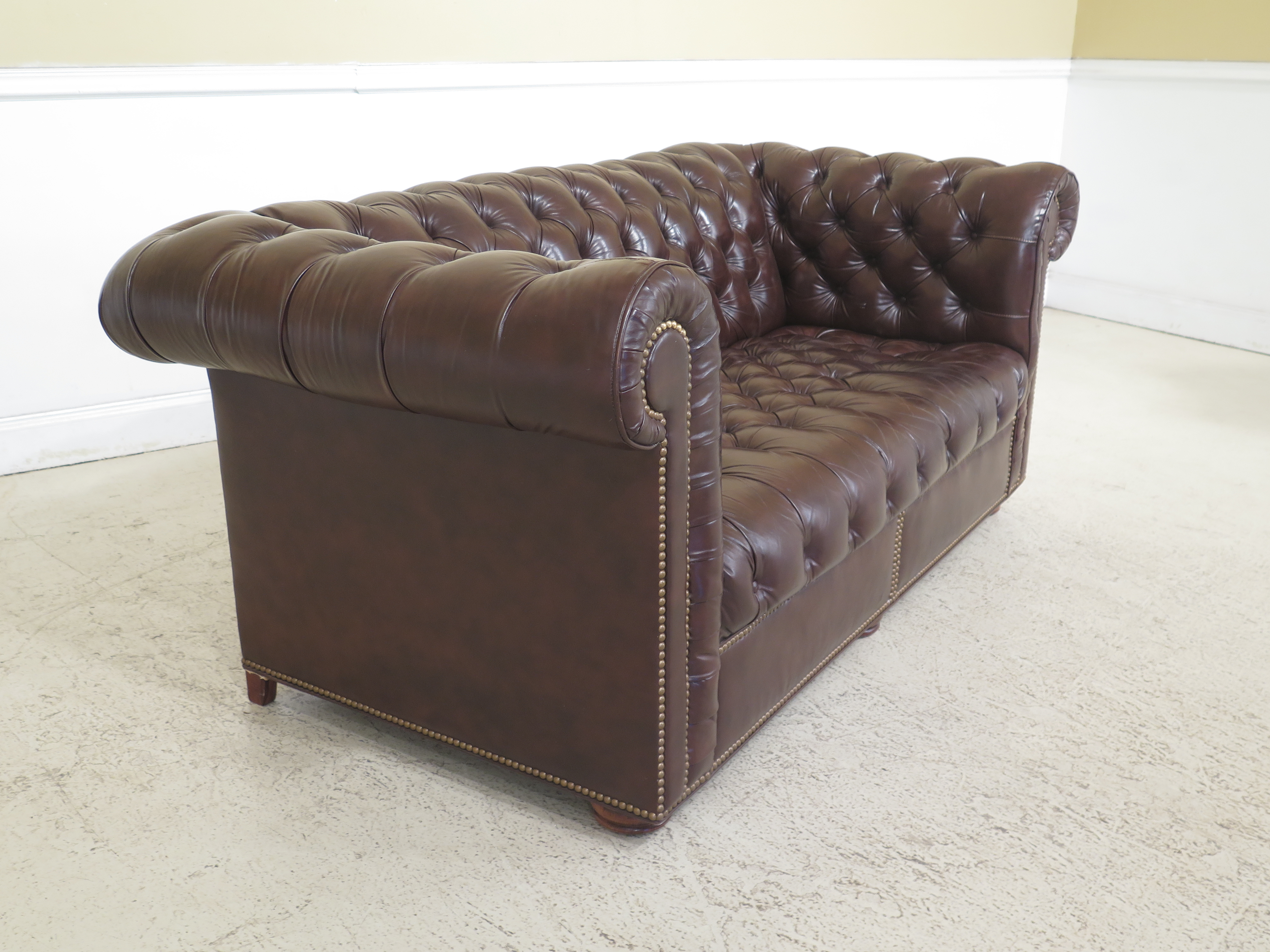 1980s Vintage Brown Tufted Leather Chesterfield Sofa For Sale   Image 11 Of  13