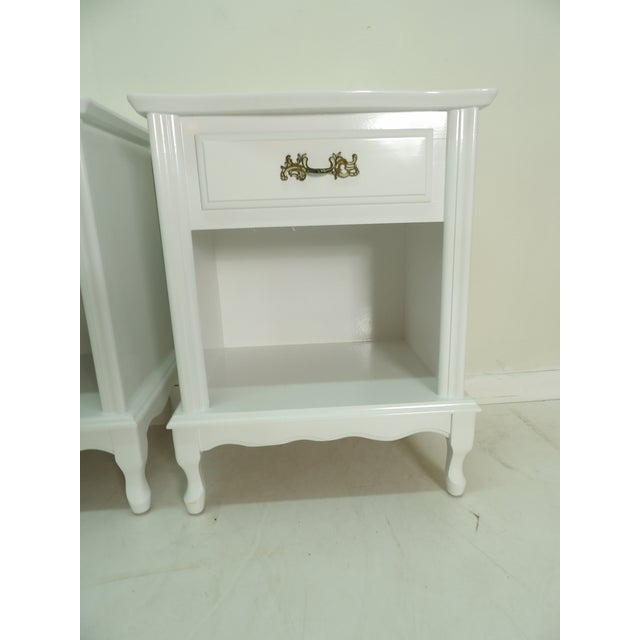 French Provincial Style White Nightstands - a Pair For Sale - Image 4 of 8
