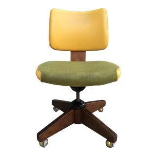 Fine Gunlocke Style Walnut Desk Chair by Johnson Chair Co. For Sale