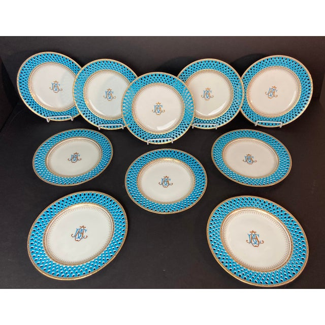 10 Mintons Presentation Plates for Thomas Goode & Co. Set of 10 blue and white reticulated presentation dinner plates....