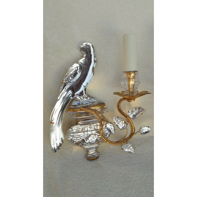 1930s French Art Deco Authentic Maison Bagues Crystal Opposing Face Parrot Sconces, a Pair For Sale - Image 5 of 11