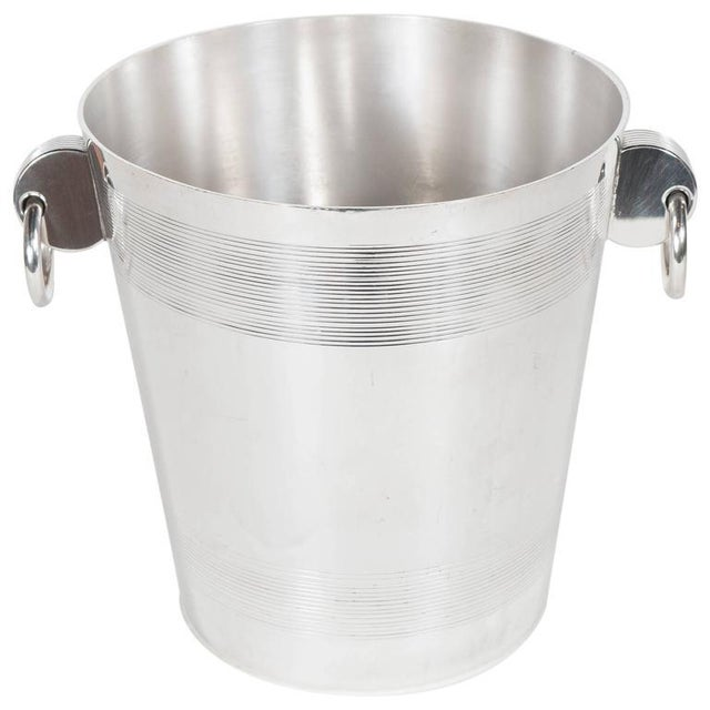 Handsome English Art Deco Silver-Plate Ice Bucket with Stylized Ring Handles For Sale - Image 10 of 10