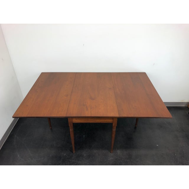Cottage Ea Clore Sons Gate Leg Drop Leaf Table No. 513-T For Sale - Image 3 of 13