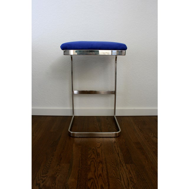 1970s Blue Faux Suede and Silver Cantilever Barstools - A Pair For Sale - Image 5 of 7