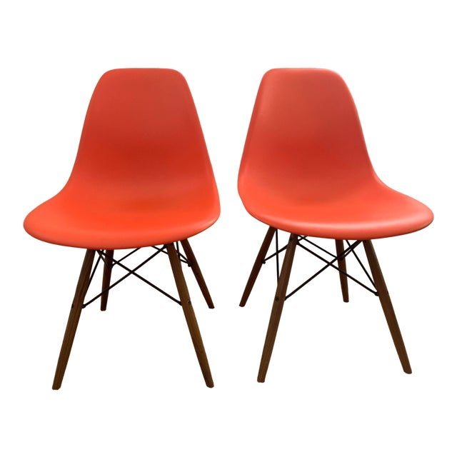 Eames Molded Plastic Dowel-Leg Side Chairs - a Pair For Sale