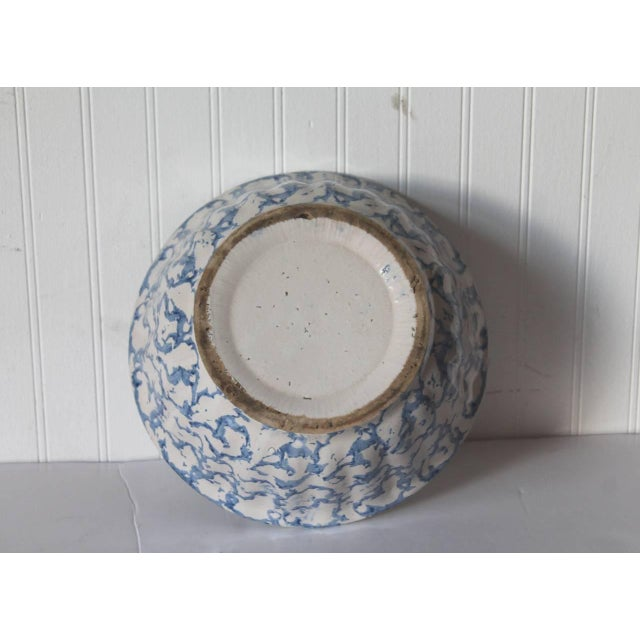 Late 19th Century 19th Century Large Sponge Ware Serving Bowl For Sale - Image 5 of 5