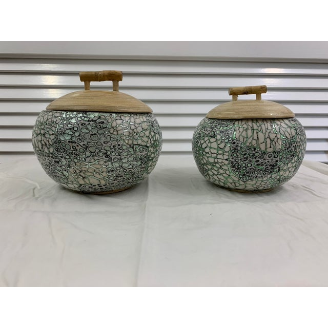 Silver/Green Eggshell & Bamboo Lacquered Covered Boxes - a Pair For Sale - Image 10 of 10