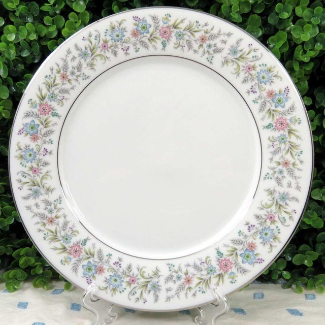 Vintage Mismatched Fine China Dinner Plates - Set of 4 - Image 5 of 8