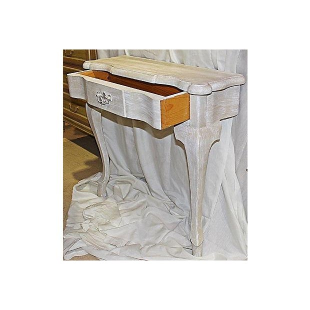 Queen Anne Faux-Painted White Wall Console Table For Sale In West Palm - Image 6 of 7