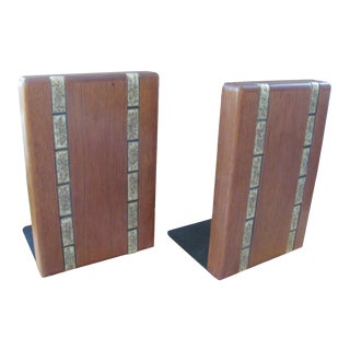 Marshall Studios Design by Jane & Gordon Martz Walnut and Ceramic Bookends - a Pair For Sale
