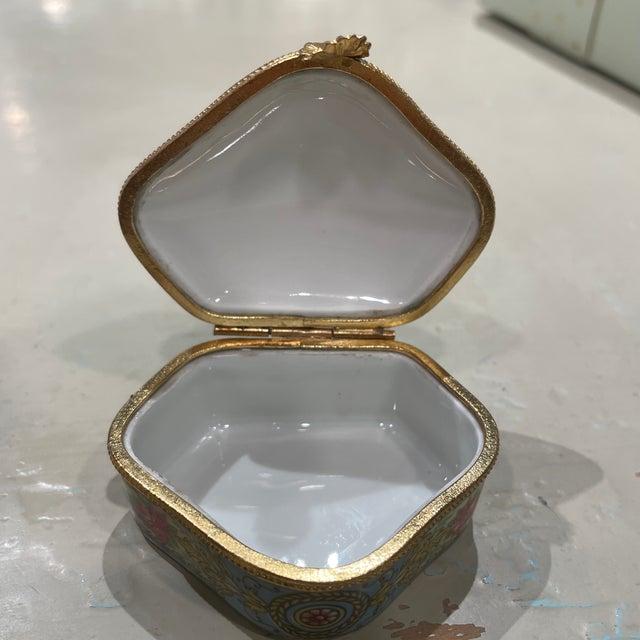 1950s 1950s Limoges France Porcelain Box For Sale - Image 5 of 7