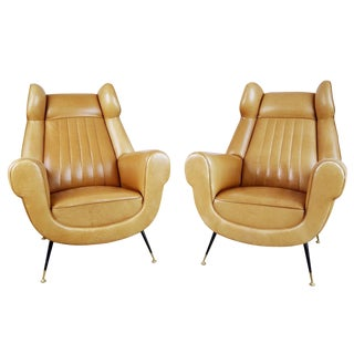 1960s Vintage Gigi Radice for Minotti Italian Leather Wingback Chairs- A Pair For Sale