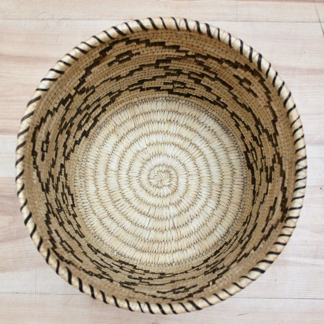 Handwoven Tohono O'Odham Native American Basket For Sale - Image 4 of 10
