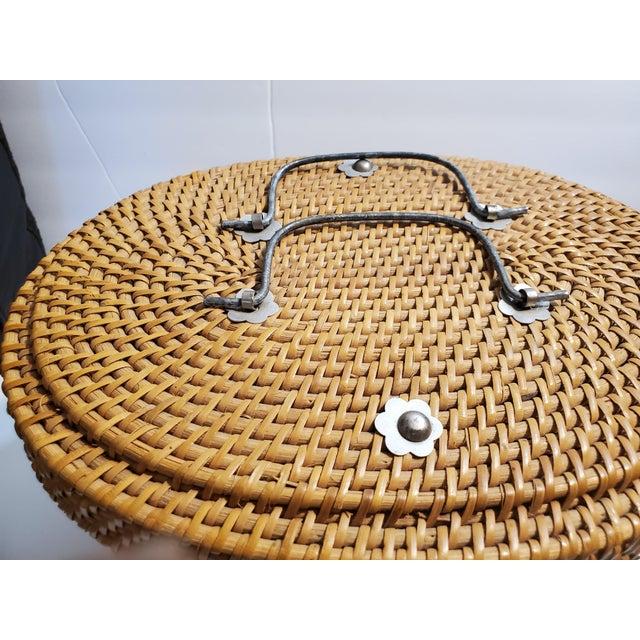 Vintage 1970s Reed Picnic/Bar/Espresso Basket For Sale - Image 9 of 13