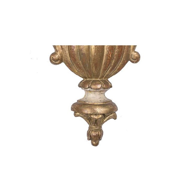 Early 20th Century Pair of Palladio Style Cream and Gilt Sconces For Sale - Image 5 of 6