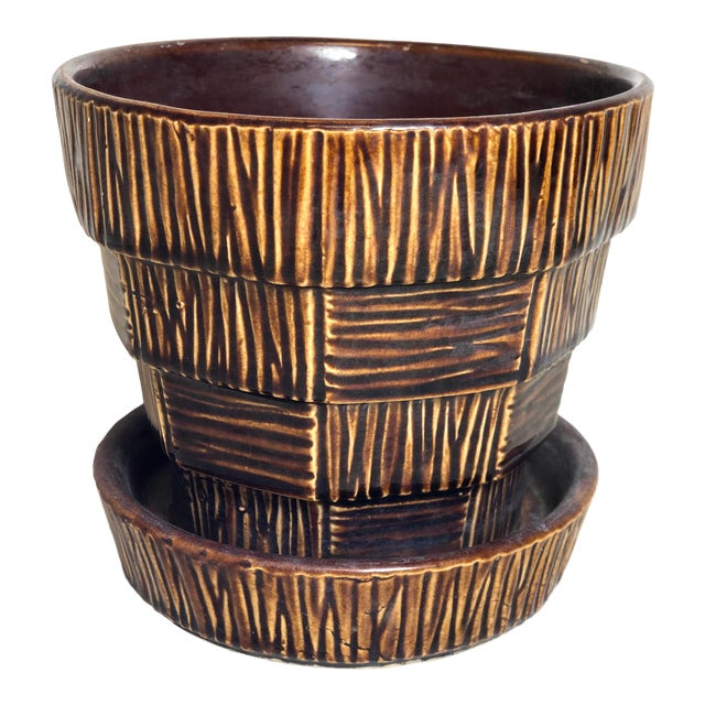 """McCoy Pottery 1940s – 1960s Medium """"Brown"""" Mid-Century Flower Pot and Saucer For Sale"""