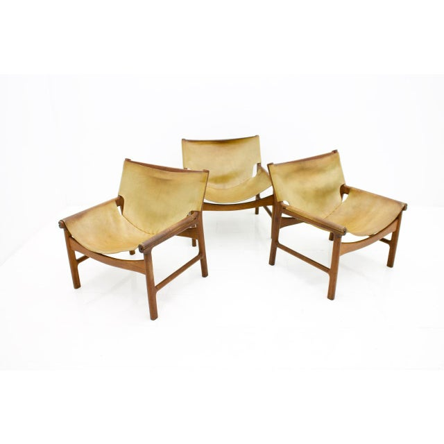 A. Mikael Laursen Rare Set of Three Lounge Chairs by Illum Wikkelsø for Mikael Laursen, 1972 For Sale - Image 4 of 9