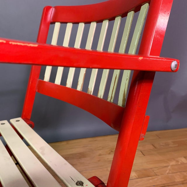 Wood 1960s Vintage Fratelli Reguitti Lacquered Folding Chairs- a Pair For Sale - Image 7 of 13