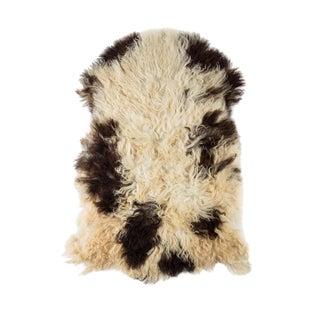 """Contemporary Natural Sheepskin Pelt - 2'0""""x3'4"""" For Sale"""