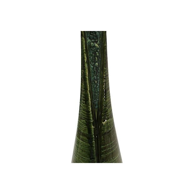 Emerald Green Textured Lamp - Image 4 of 5