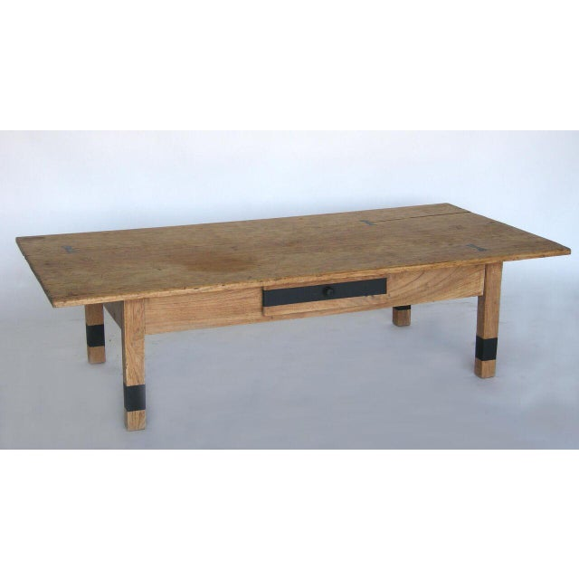 Early 20th Century Striped Wood Coffee Table with Drawer with Butterfly Joinery For Sale - Image 5 of 10