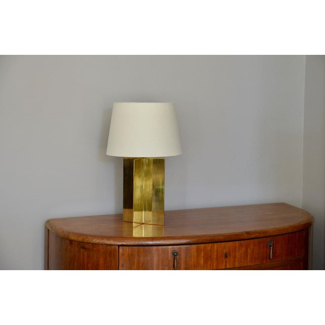 "Modern Contemporary ""Croissillon"" Polished Brass and Parchment Table Lamp For Sale - Image 3 of 8"