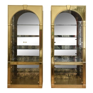 Mastercraft Pair of Brass Palladian Vitrines Vintage For Sale