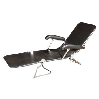 1940s Mid-Century Modern Chrome and Black Lounge Chair For Sale