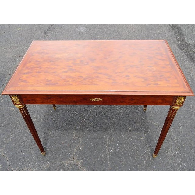 Louis XV Style Parquetry Inlaid Ladie's Desk For Sale - Image 4 of 8