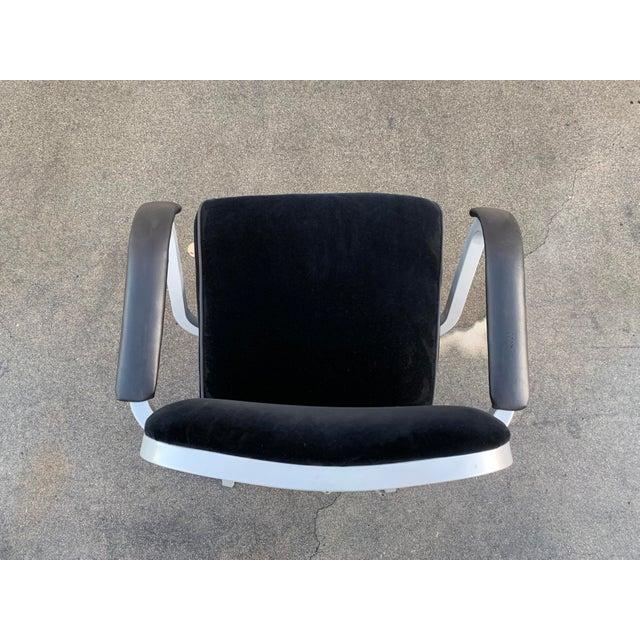 Industrial Mid Century Steel Tanker Armchair, Refinished in Bengal Silver and Black Velve For Sale - Image 3 of 7