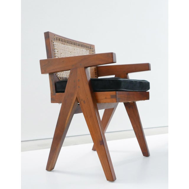 Brown Pierre Jeanneret Teak Conference Chair From Chandigarh, India, C. 1952 - 1956 For Sale - Image 8 of 10