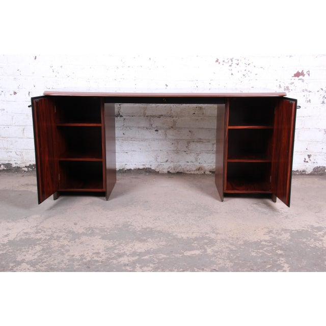 Afra and Tobia Scarpa for B&B Italia Rosewood, Burl and Leather Desk, 1970s For Sale - Image 10 of 13