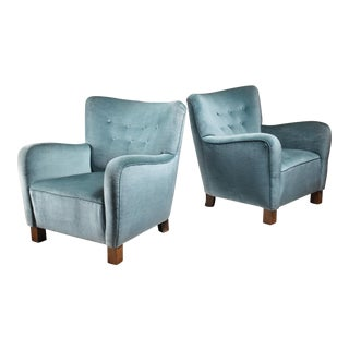 Pair of Fritz Hansen lounge chairs, Denmark, 1940s For Sale