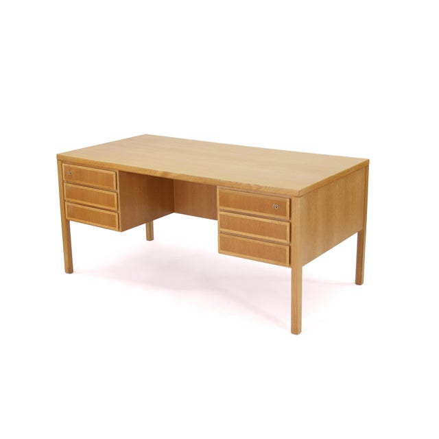 1960s Danish Modern Executive Desk in Oak by Gunni Omann for Omann Jun For Sale - Image 13 of 13