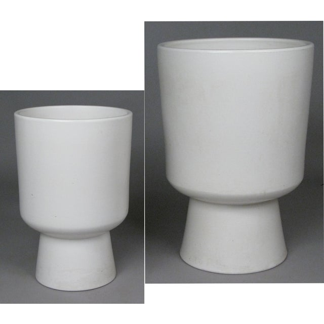 1960s Chalice Planters by Malcolm Leland for Architectural Pottery - a Pair For Sale - Image 10 of 10