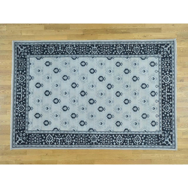 Hand-Knotted Wool Turkish Knot Oushak Cropped Rug- 9′2″ × 11′10″ For Sale - Image 12 of 12