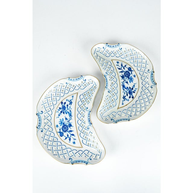 4 Piece Set of Porcelain Tableware For Sale - Image 12 of 13