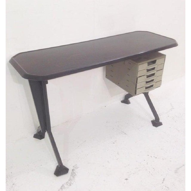 Mid-Century Modern Desk by Studio Bbpr for Olivetti For Sale - Image 3 of 9