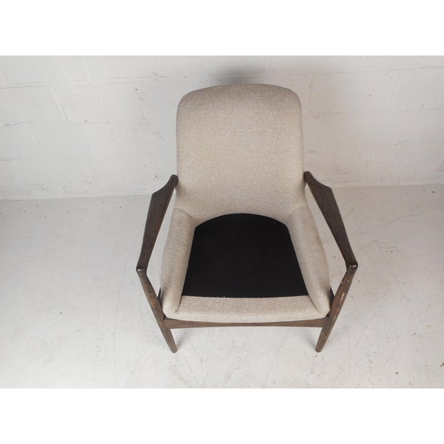 Contemporary Modern Lounge Chair For Sale In New York - Image 6 of 10