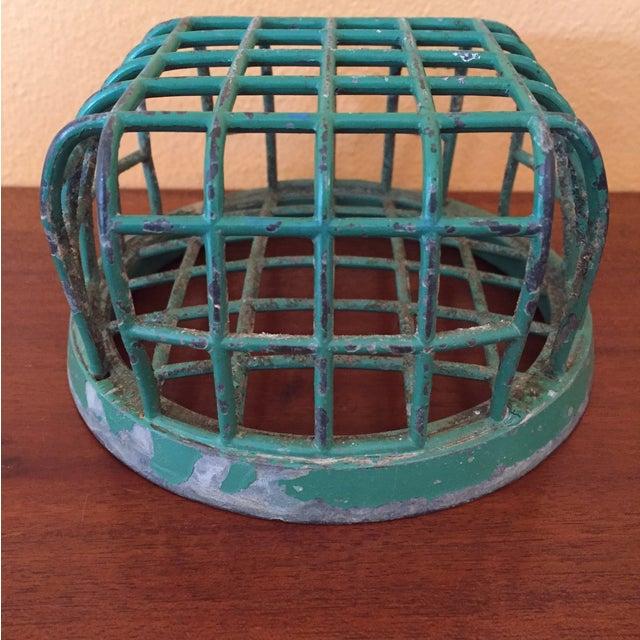 Industrial 1930's Dazey Manufacturing Co. Metal Frog For Sale - Image 3 of 8