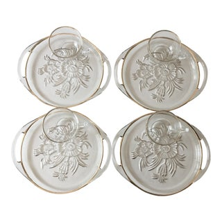 Mid Century Glass Luncheon Plates & Mugs – Set of 4 For Sale