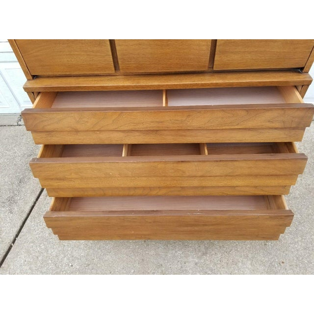 Brown Vintage Merton Gershun for American of Martinsville Mid-Century Modern Chest of Drawers For Sale - Image 8 of 11