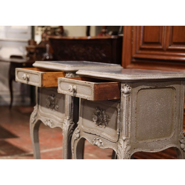 Marble Pair of 19th Century French Louis XV Carved Painted Nightstands With Marble Top For Sale - Image 7 of 10