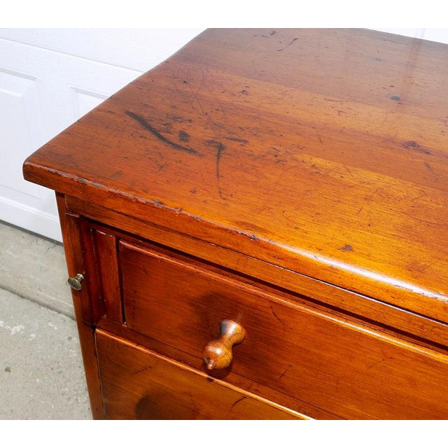 Wood 1950s Vintage Pine Tique 3-Drawer Bachelors Chest For Sale - Image 7 of 11