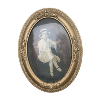 Antique Young Girl Portrait Photograph in Gold Gilt Wood Frame With Convex Glass For Sale